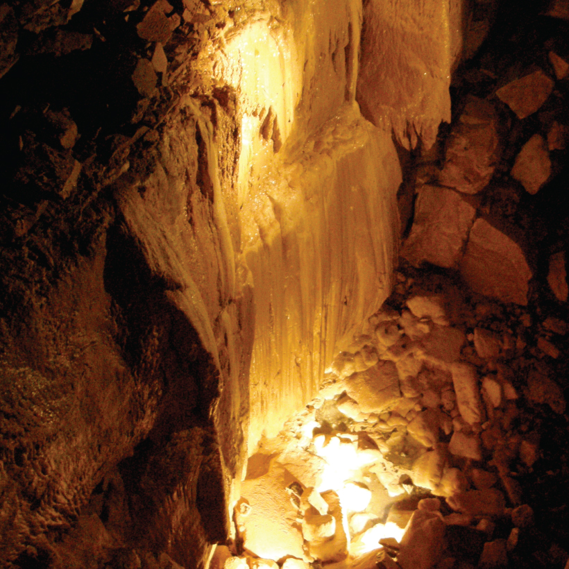 Aillwee-Cave-2.jpg
