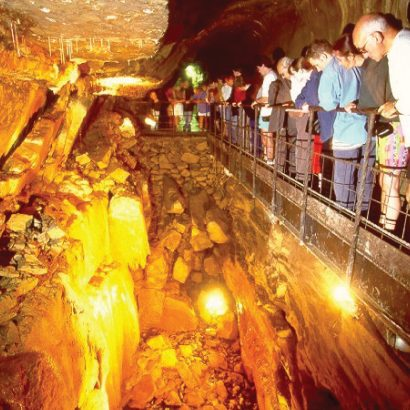 Aillwee-Cave-5.jpg