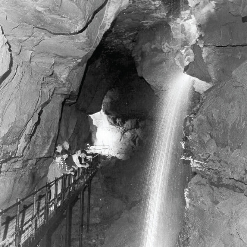 Aillwee-Cave-8.jpg