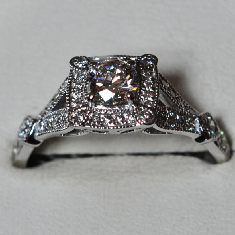 Claddagh-Diamonds-3.jpg