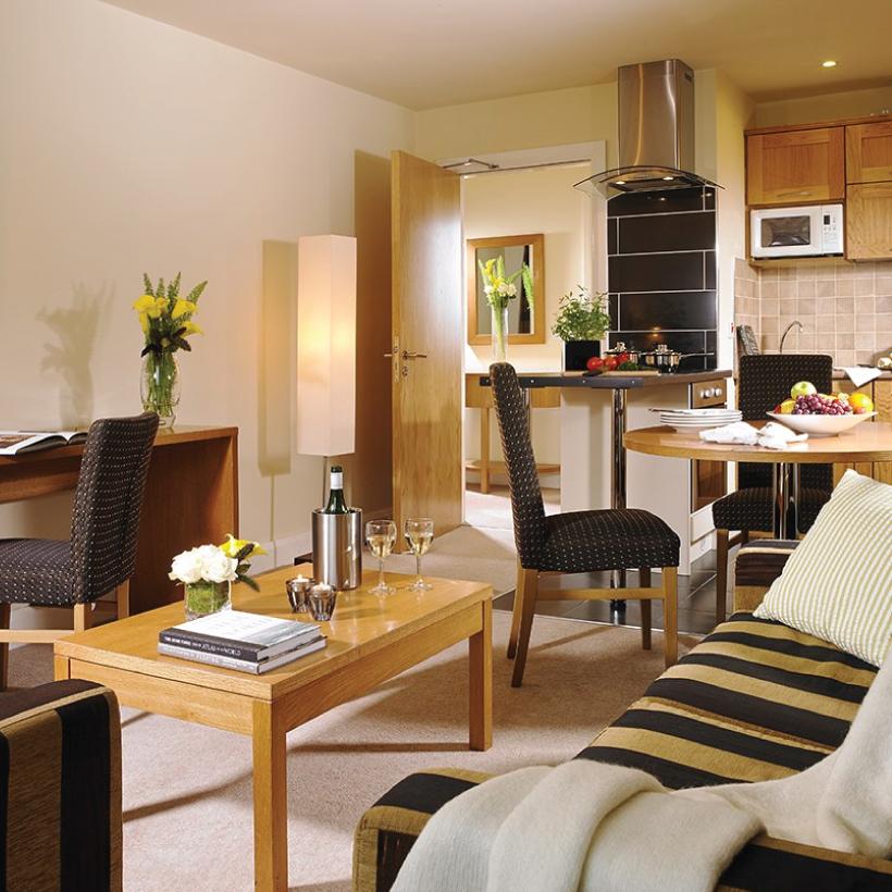 Connacht-Hotel-2.jpg