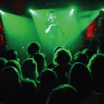 Monroes-Live-3.jpg