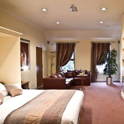 Oranmore-Lodge-4.jpg