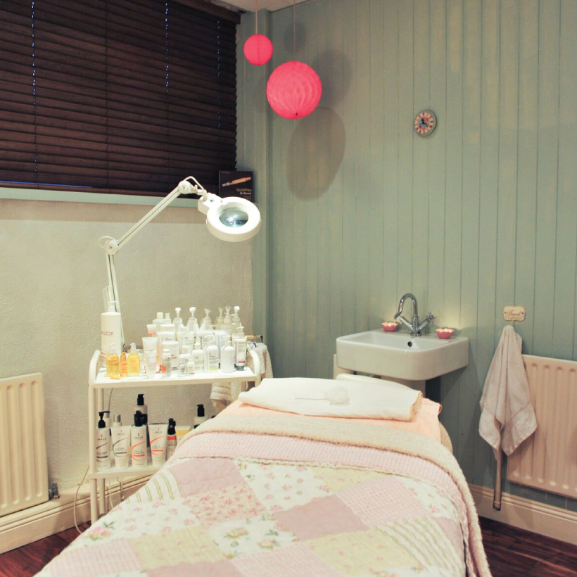 Parlour-Beauty-Rooms-13.jpg