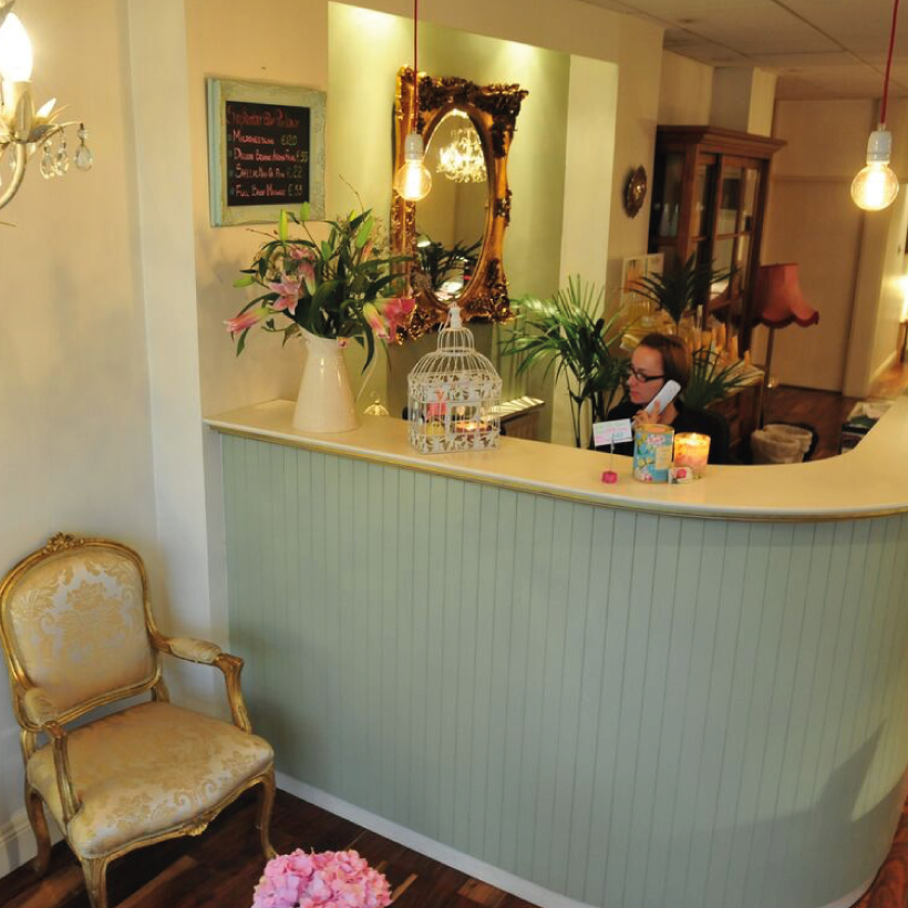 Parlour-Beauty-Rooms-3a.png