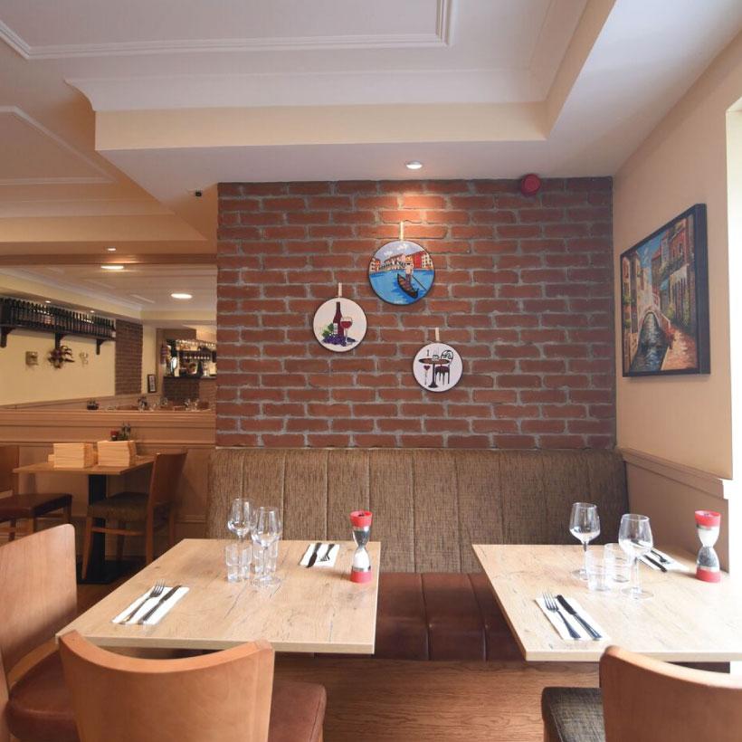 Venice-Restaurant-4.jpg