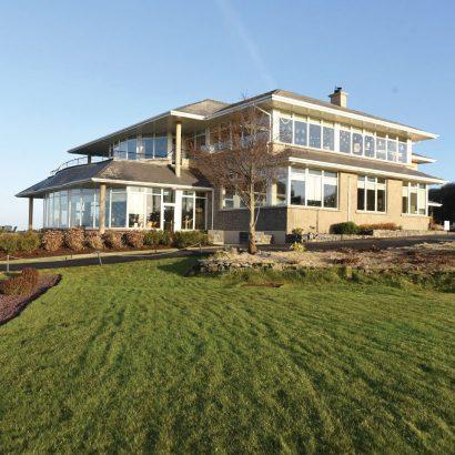 Galway-Bay-Golf-Resort-2.jpg
