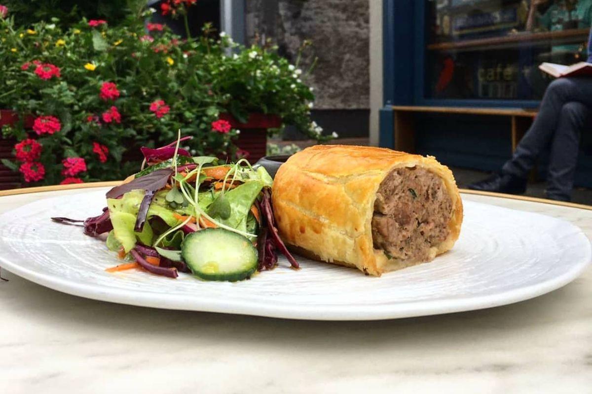Tartare Sausage Roll