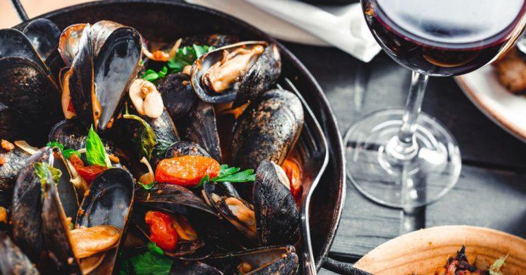 11 BEST SEAFOOD RESTAURANTS IN GALWAY