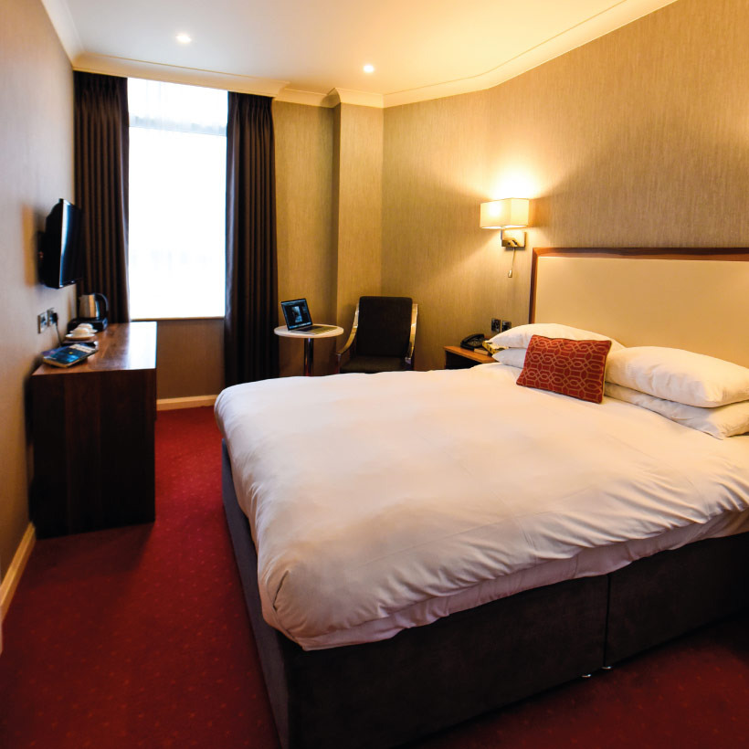 Victoria-Hotel-1.jpg