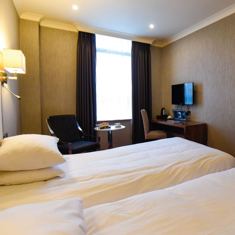 Victoria-Hotel-3.jpg