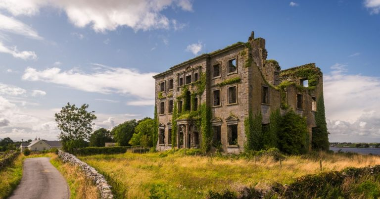 THE HISTORY OF TYRONE HOUSE