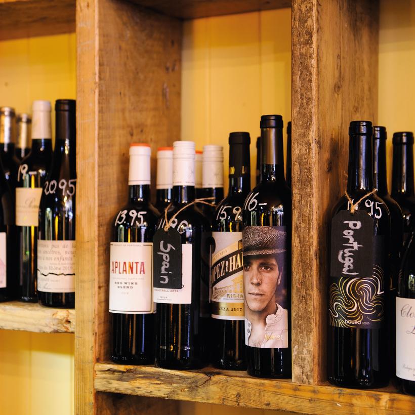 The-Lamplight-Wine-Bar-12.jpg